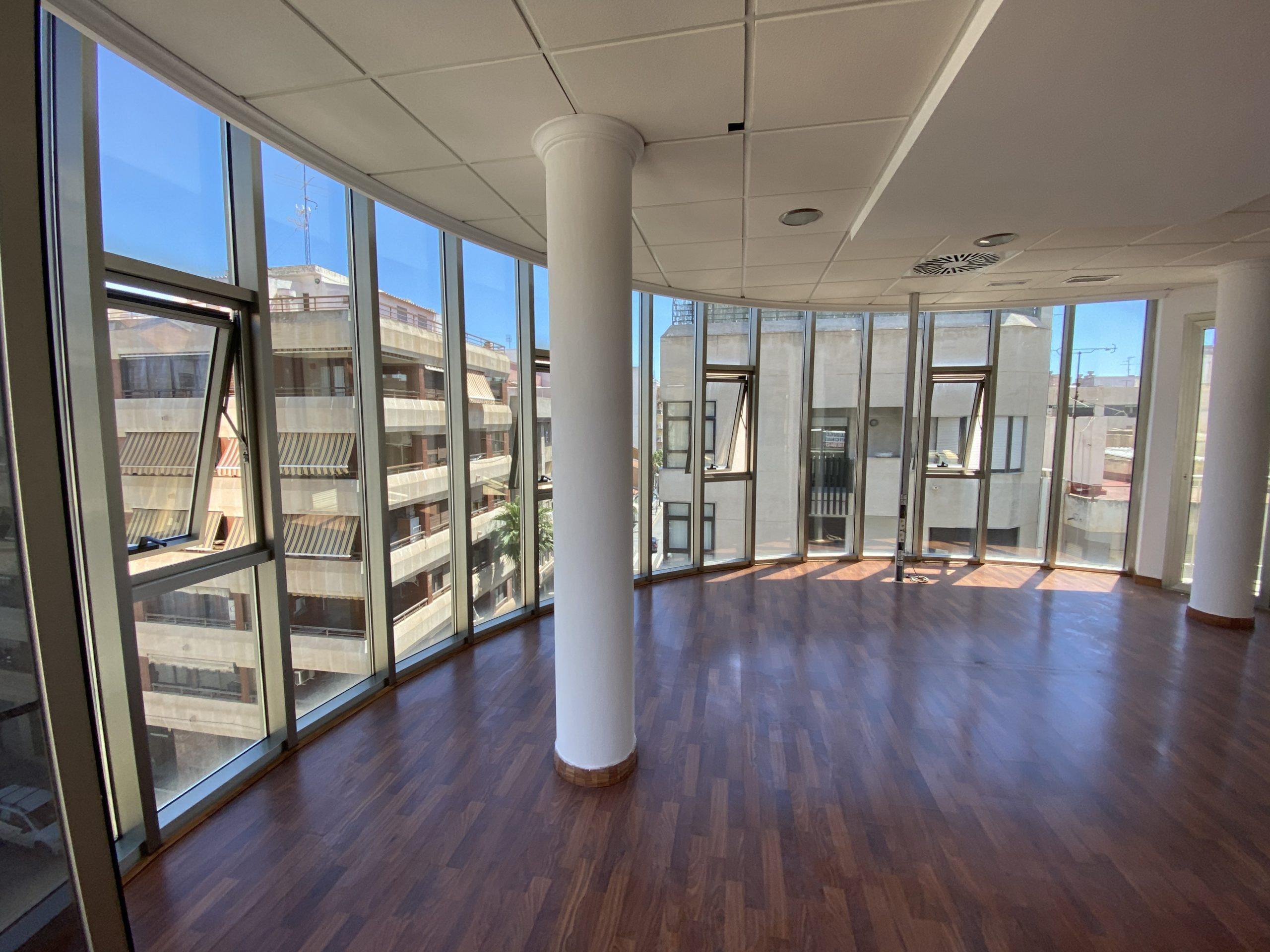 Alquiler local para oficinas en Torrevieja